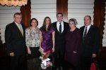 La logodna fiicei noastre, Eliza cu Ben și cuscrii Pavel